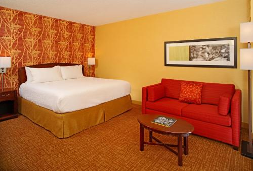 Courtyard by Marriott Baltimore Downtown/Inner Harbor Main image 2