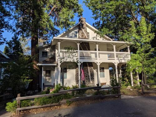 . Inn at Sugar Pine Ranch