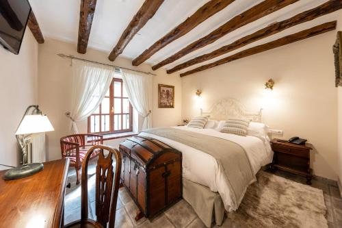 Double Room - single occupancy Hotel Rural Masía la Mota 4