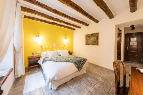 Double Room - single occupancy Hotel Rural Masía la Mota 8
