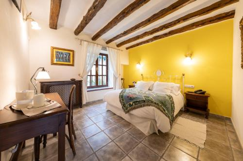 Double Room - single occupancy Hotel Rural Masía la Mota 9