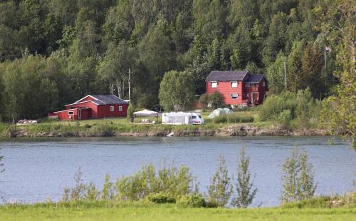 Idyllic Fishing Location In Målselva , Hus For Utleie , Unikt Fiske Sted