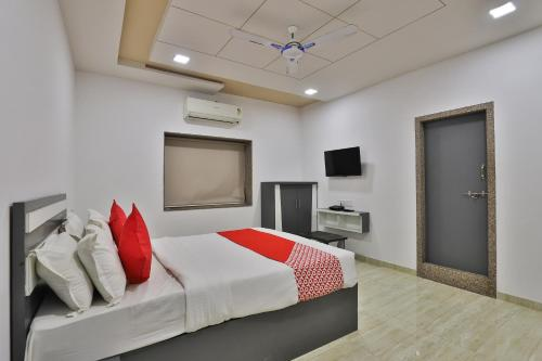 OYO 29155 Village Hotel in Diu, India - reviews, prices