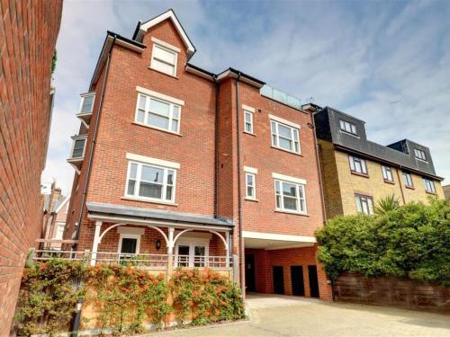 . Apartment York Mansions