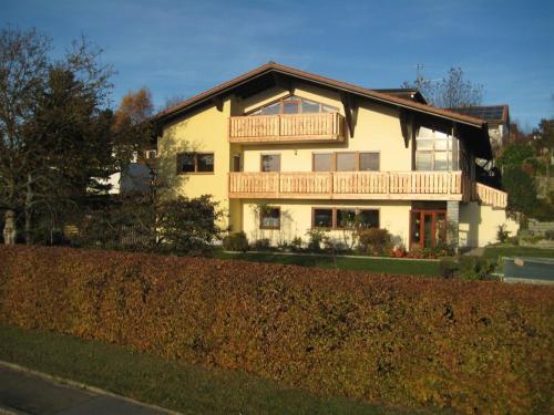 . Ferienwohnung Haus7Brunnen