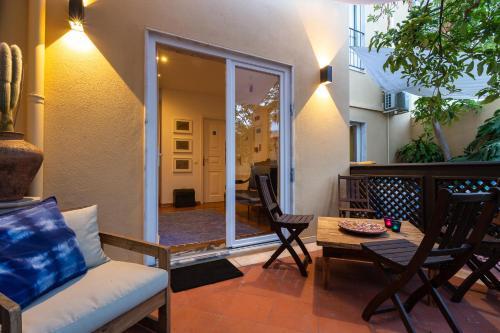 Geronimo Guest House Belém - Photo 3 of 89