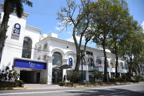 . Hotel Clara Luna