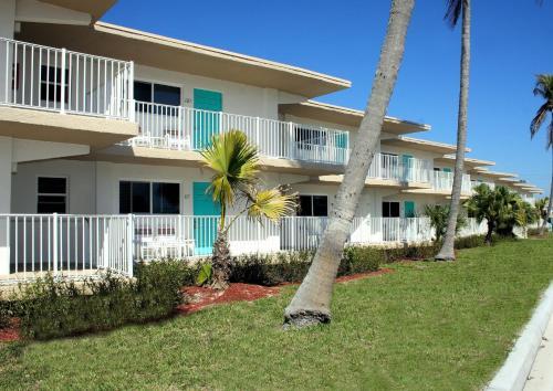 Carousel Inn On The Beach - Fort Myers Beach, FL 33931