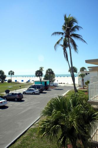Carousel Beach Inn Fort Myers