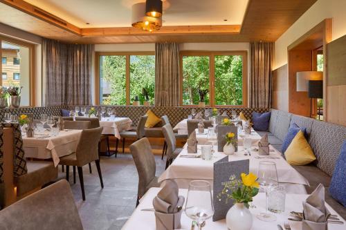 Smaragdhotel Tauernblick - Hotel - Bramberg am Wildkogel