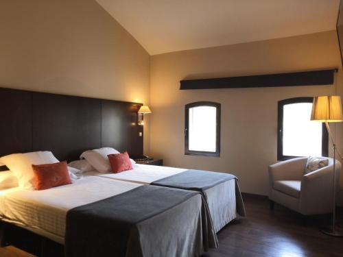 Twin Room - single occupancy Molí Blanc Hotel 16