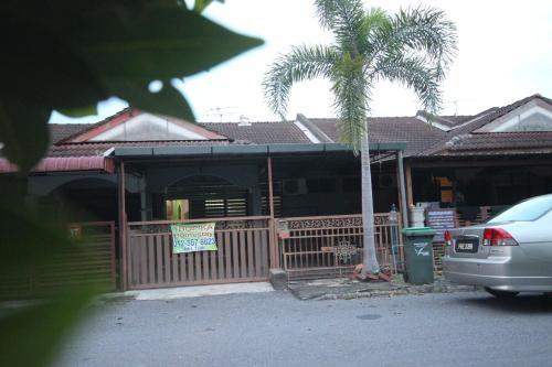Tropika Homestay Arau