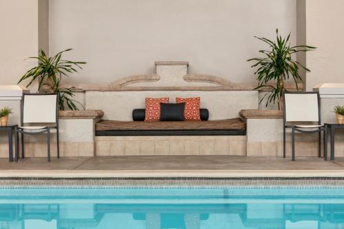 Embassy Suites Los Angeles - Downey - Downey, CA CA 90241