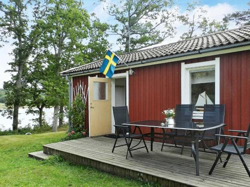 . One-Bedroom Holiday home in Lysekil 12
