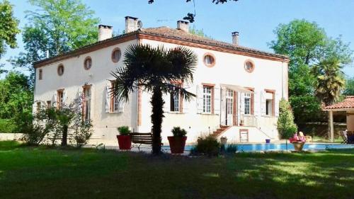 Manoir de la Gravette & Table d'Hôtes - Chambre d'hôtes - Montauban