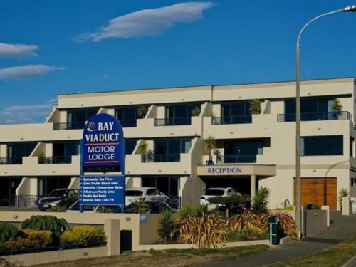 Bay Viaduct Motor Lodge - Accommodation - Timaru