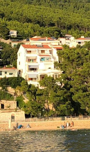 Hotel-overnachting met je hond in Apartments Villa Ursic - Centar - Brela