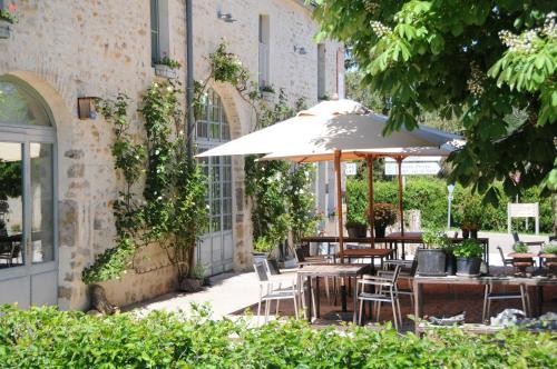 . Hotel Restaurant Les Deux Ponts