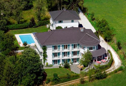 Das Landhaus Hauptmann, Pension in Pörtschach am Wörthersee