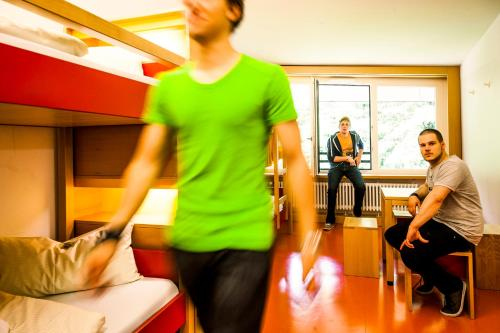 HI Munich Park Youth Hostel photo 8
