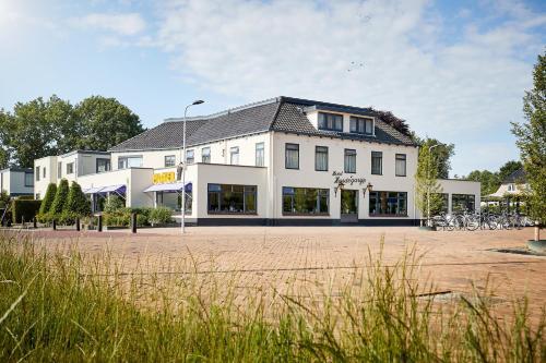 . Van der Valk Hotel Hardegarijp - Leeuwarden