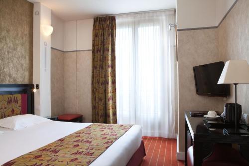 Hotel Eiffel Seine photo 41