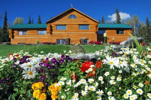 Фото отеля A Taste of Alaska Lodge