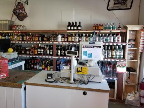 Lakewood Inn - Photo 8 of 13