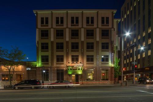 CopperLeaf Boutique Hotel & Spa; BW Premier Collection - Appleton