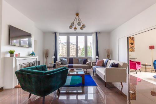 Pershing- Arc de Triomphe- Family Apartment