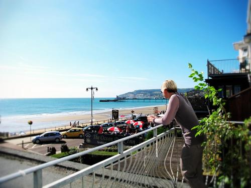 Clifton Seafront Apartments - Isle of Wight