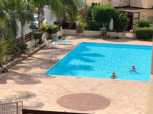 Private apartment at Aristo Universe III with pool