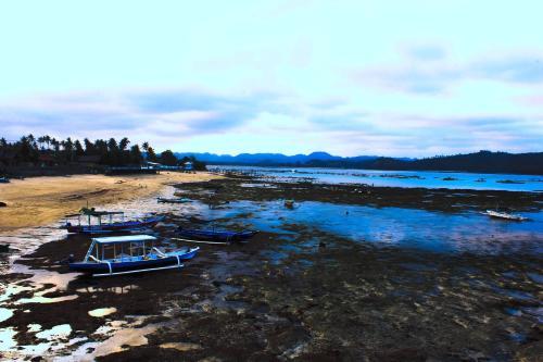 Gerupuk Surf Camp Lombok, Lombok Tengah