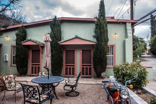 . Jonquil Motel