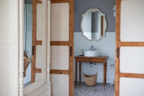 Habitación Doble Superior con terraza - 1 o 2 camas - Uso individual Posada Seis Leguas 4