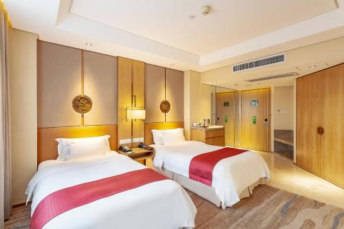 Executive Double or Twin Room with Club access