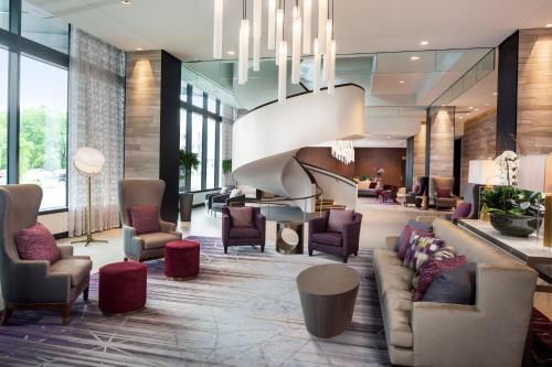 Hilton Rochester Mayo Clinic Area - Hotel - Rochester