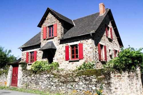 Les Eaux Vives - Chambre d'hôtes - Sauveterre-de-Rouergue