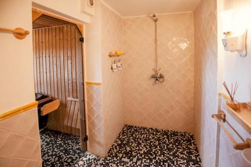 Suite de 2 dormitorios con sauna The Urban Villa 49