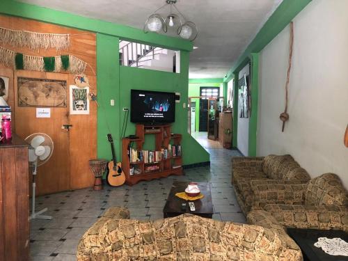 Hotel Green Track Hostel