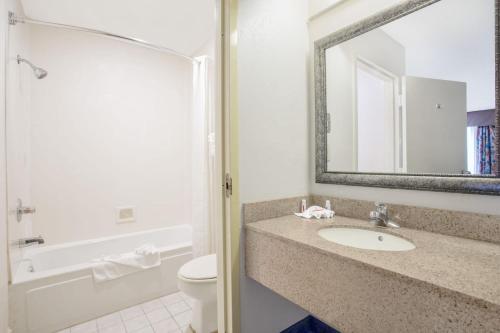 SureStay Hotel by Best Western North Myrtle Beach - North Myrtle Beach, SC 29582-2553 SC