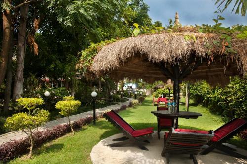 Spot On 481 Motherland Resort