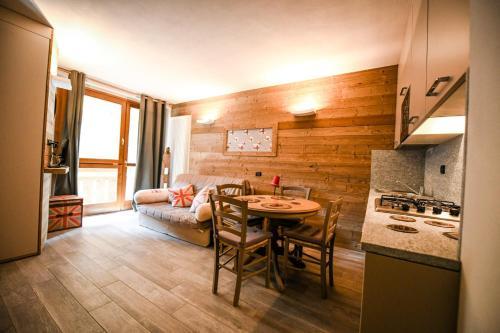 Stalle Lunghe Deluxe Apartments - Prato Nevoso