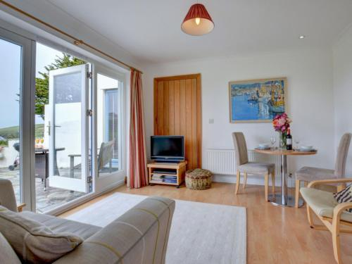 Holiday Home The Wing, St Merryn, Cornwall