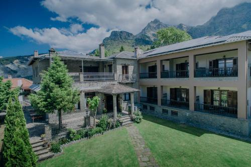 . Etheres Tzoumerkon Mountain Resort