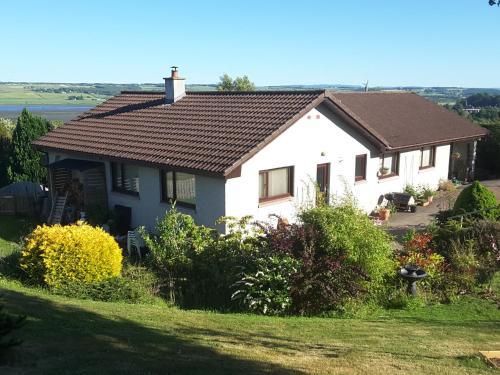 Black Isle View, Dingwall