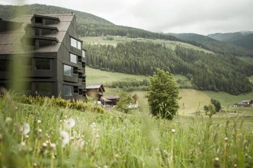 Am Bühel 30, 39030, San Giacomo in Valle Aurina, South Tyrol, Italy.