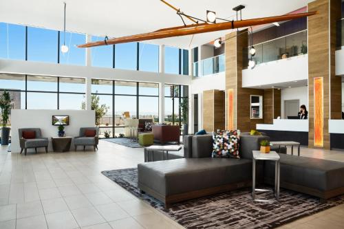 . Ayres Hotel San Diego South - Chula Vista