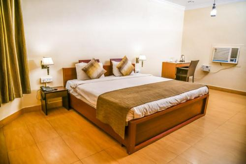 82 Khajuraho Hotels, India from $28 - Book Now, Pay Later!