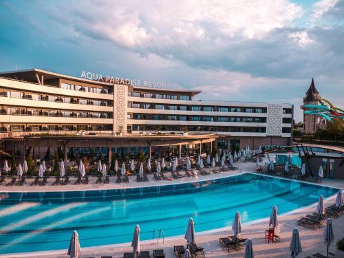 . Aqua Paradise Resort & Aqua Park